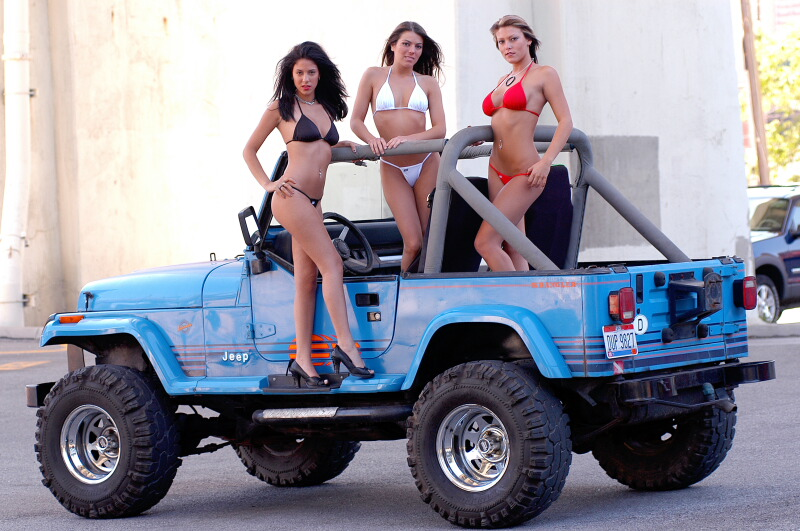 Babes in jeeps, adult amateur story